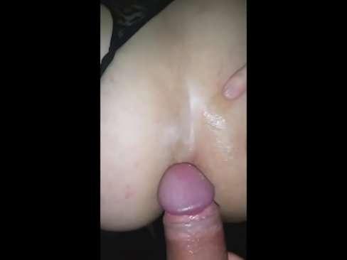 Prima fazendo sexo anal