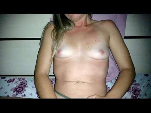 Esposa Safada Se Masturbando Enquanto O Marido Filma