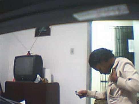 Filmando a relação sexual com a empregada brasileira