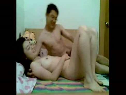 Casal Novinho Fodendo Na Webcam