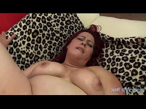 gordo comendo a esposa