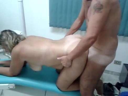 Dentista Comendo A Mulher Do Corno