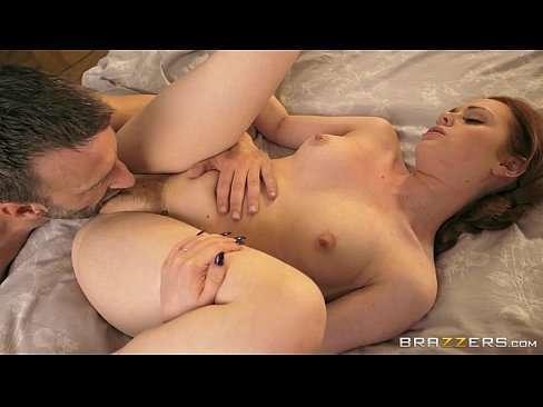 Video sexo brasil peituda gostosa fodendo sua buceta apertada