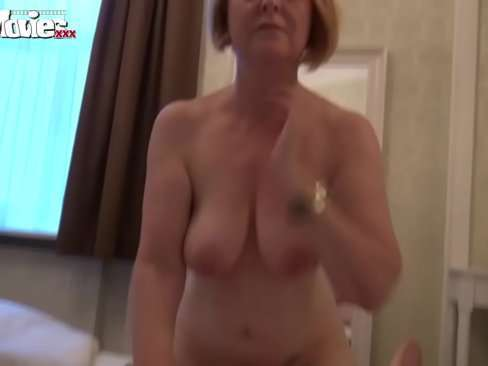 Vídeo de sexo com a sogra safadona