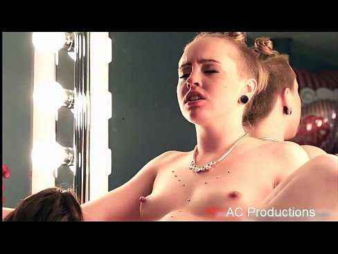 Vídeo Porno Hd Com Gostosa Gemendo Na Rola