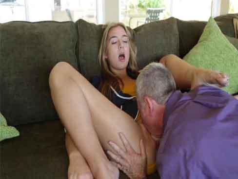 Pai e filha fodendo